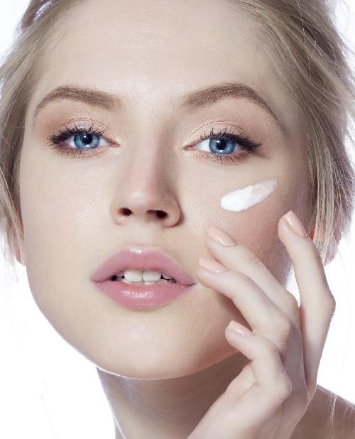 Dưỡng ẩm để chăm sóc da một cách tốt nhất